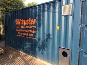 Slitbuster container with air vent