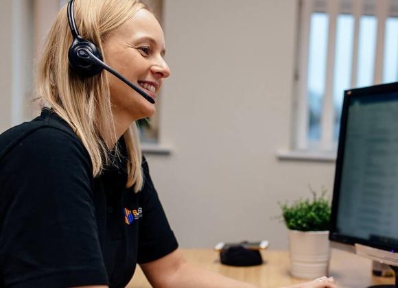 Customer Service At Computer