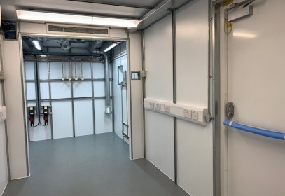 Container doors from inside